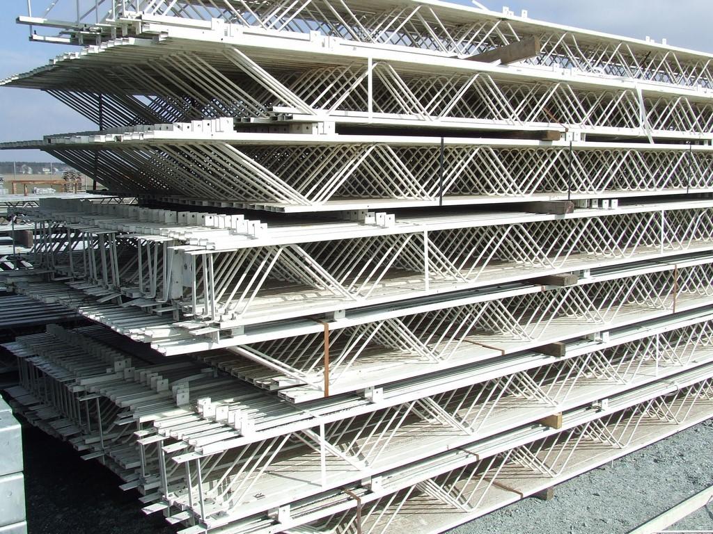 Wybitny Oferta - Używane konstrukcje stalowe, płyty warstwowe, rury i RZ29
